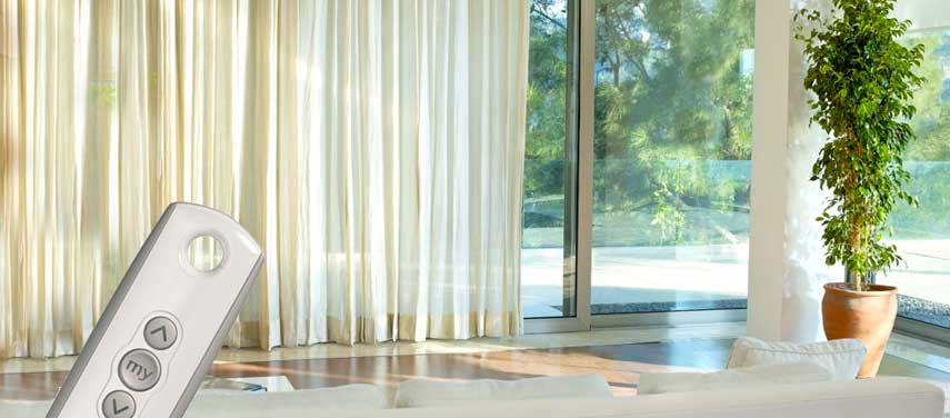 domotica-ventanas-persianas-mando